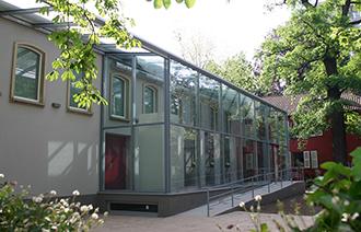 Außenansicht des Bibelhauses Frankfurt