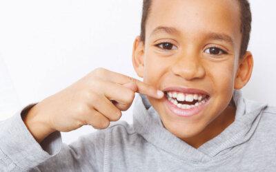 """""""Auffällige Zahnspangen? Das muss nicht mehr sein."""""""