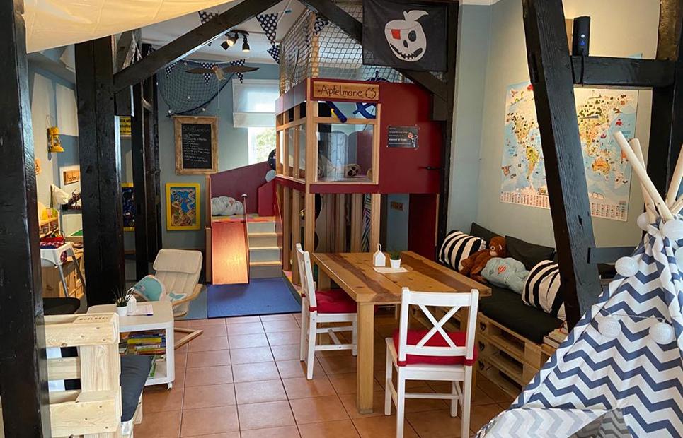 Ein Blick in den Spielbereich des Familiencafés Apfelkind